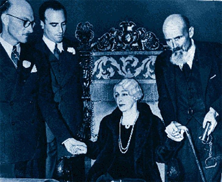 Bess, Houdini Seance.jpg
