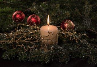 christmas-3761813_1280.jpg